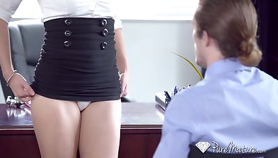 Sexy blonde secretary with big ass Cory Woo deserves willing doggy
