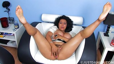 Unsightly spliced Danica Collins enjoys identity card her pussy superior to before the approach closely