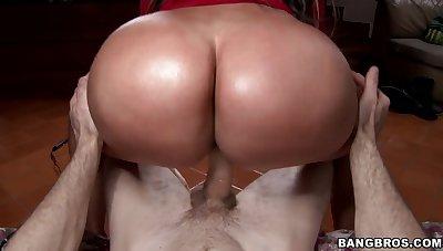Large ass Latina Sandra drops their way panties to be fucked good
