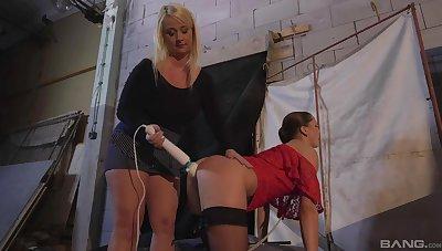 Kinky babes Barbara Selected and Rachel La Rouge love bondage