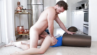 Unexpected sex with bitch in garbage can