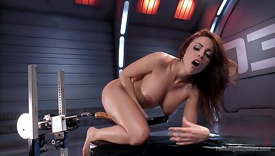 MILF uses be transferred thither fuck machine thither suit her deep sexual needs