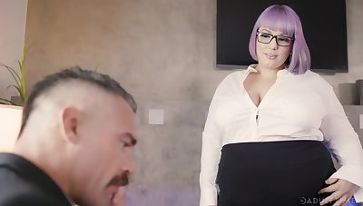 BBW secretary Alexxxis Allure seduces their way boss and gets fucked on the feed