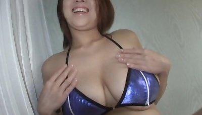 Amateur video of chubby wife Suzuka Arinaga giving a blowjob