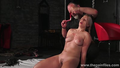 A master gives his slave a hot blow up expand on treatment and that girl is thick as fuck