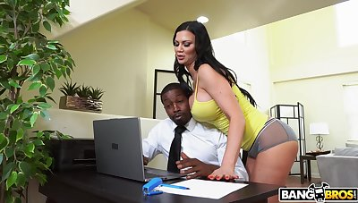 Busty mature pornstar Jasmine Jae gets ass fucked by a black man