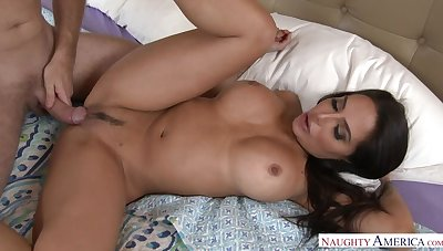 Lela Star going to bed approximately the bedroom with her big ass